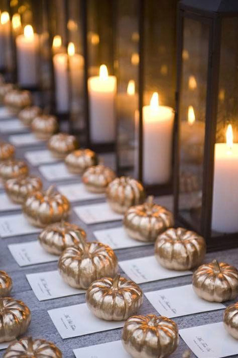 gold-pumpkin-escort-cards